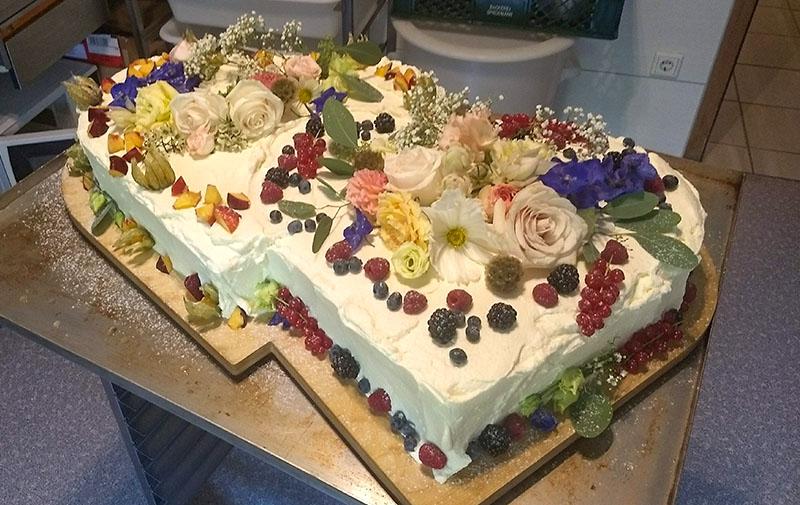 Kuchen & Torten, Blumen-Hochzeitstorte